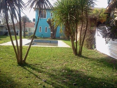 venta de casa quinta 3 ambientes c/ piscina.