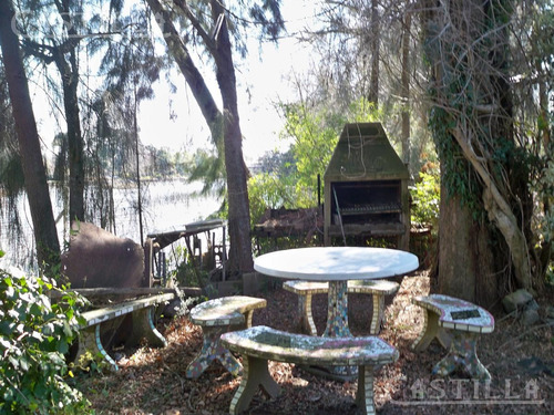 venta de casa sobre río luján