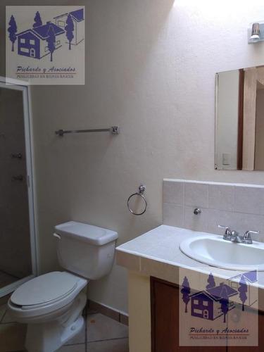 venta de casa sola con vigilancia en la colona reforma en cuernavaca