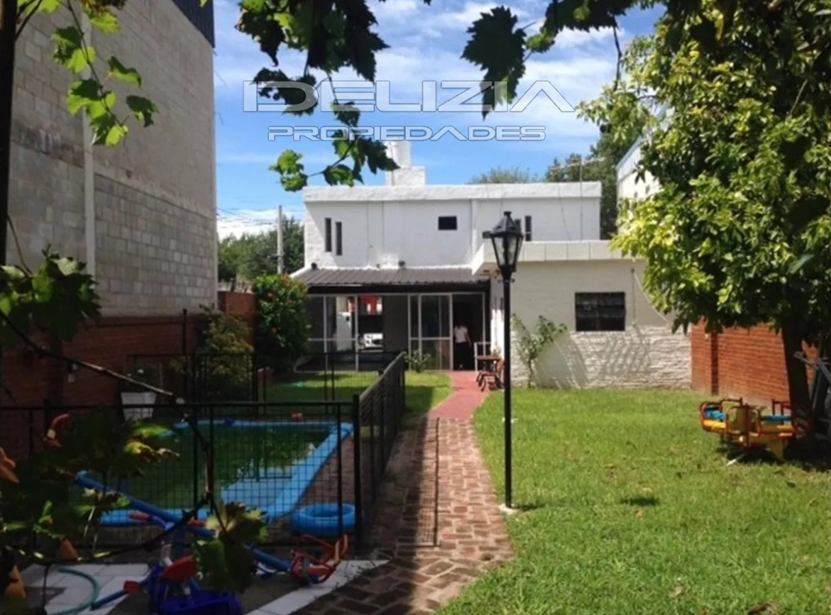 venta de casa y local en ituzaingo