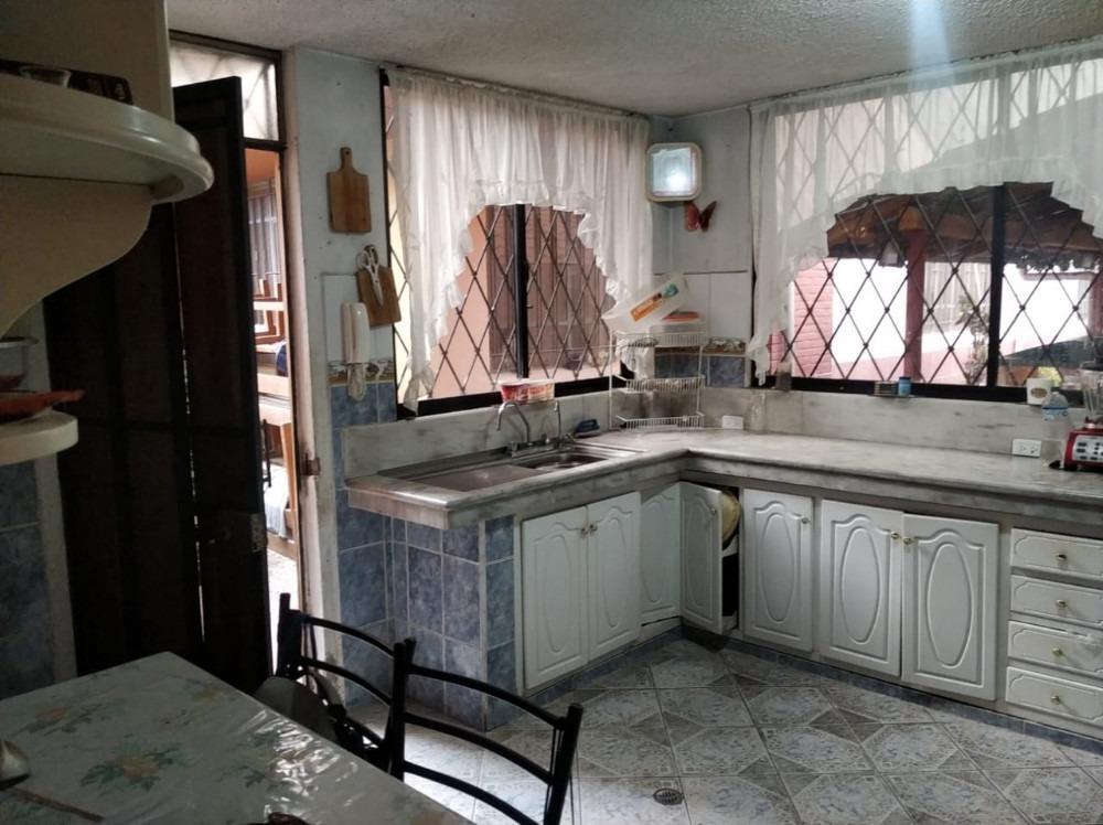 venta de casas y departamentos sector sur  los libertadores