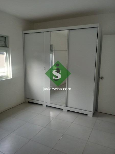 venta de casita en barrio privado, 2 dormitorios, baño, patio.- ref: 167371