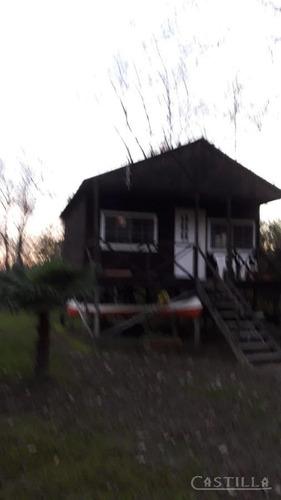 venta de complejo de 3 cabañas sobre arroyo espera