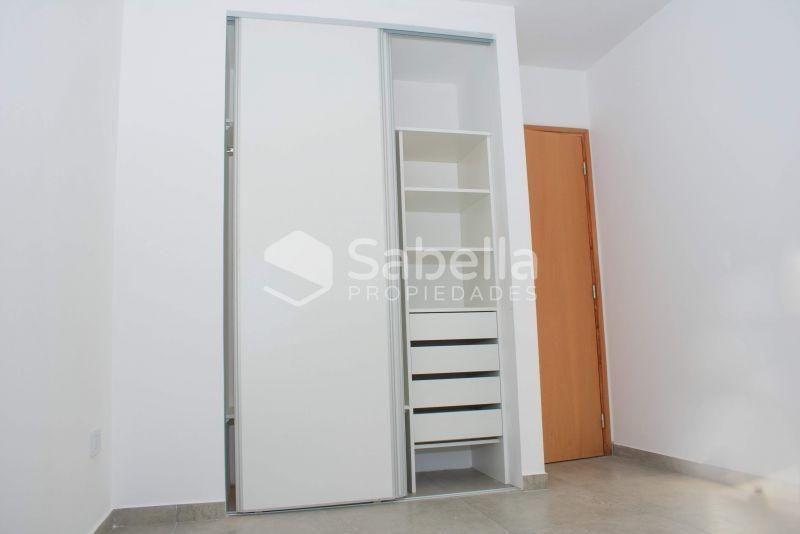 venta de departamento 1 dormitorio, la plata.