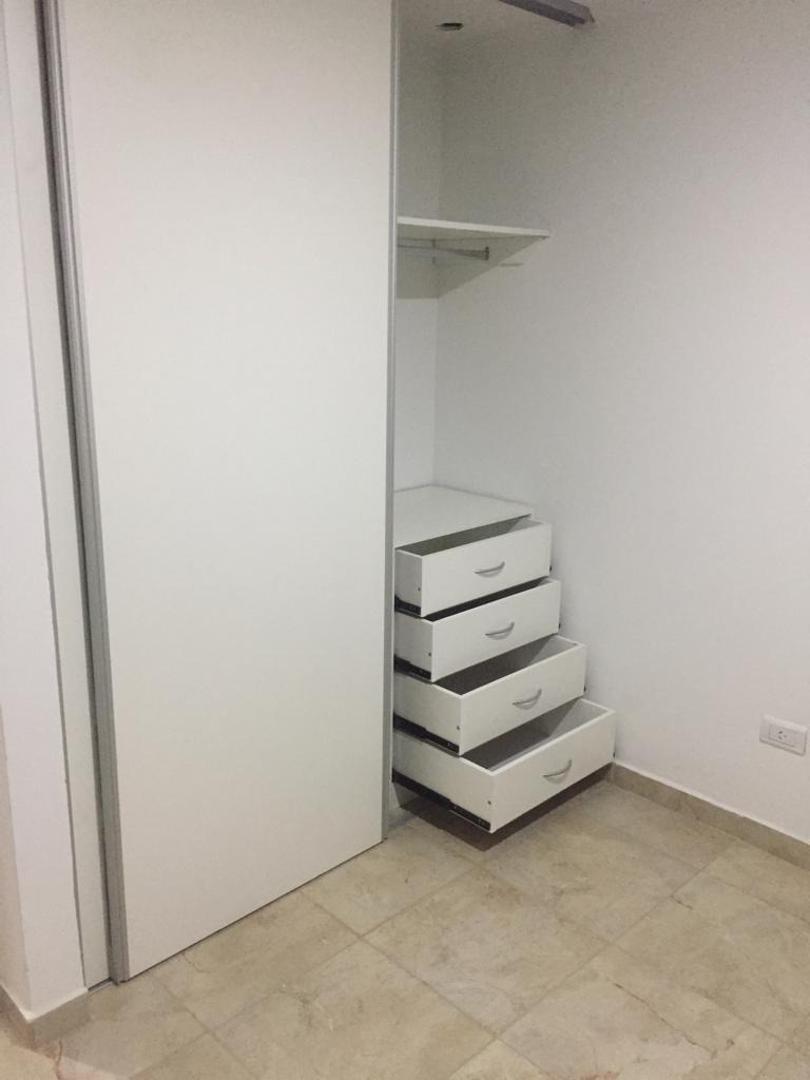 venta de departamento 1 dormitorio tandil   al pozo
