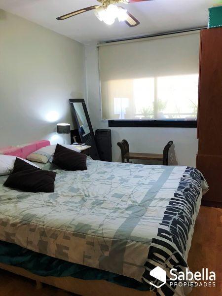 venta de departamento 2 dormitorios con cochera, la plata