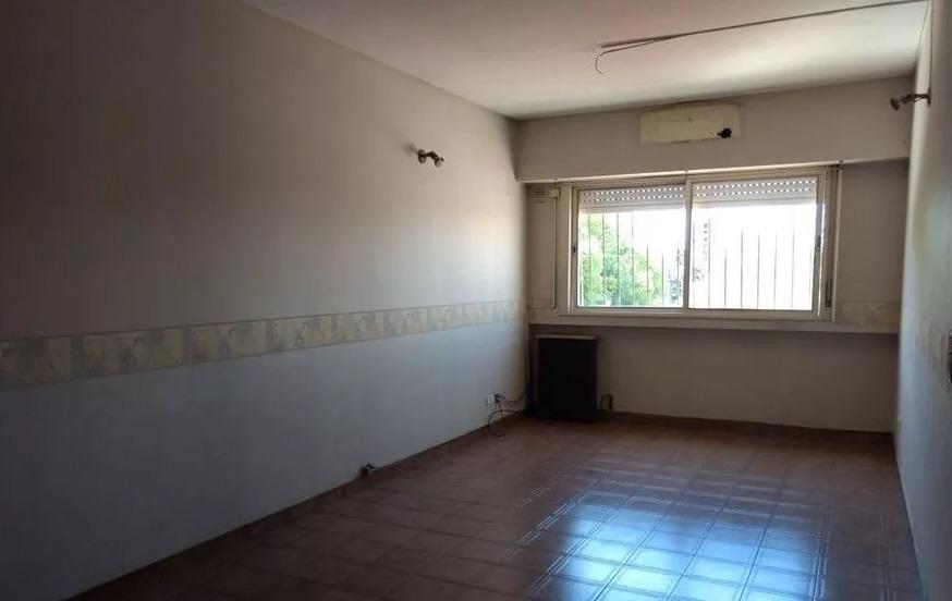venta de departamento 4 ambientes - caseros - apto credito
