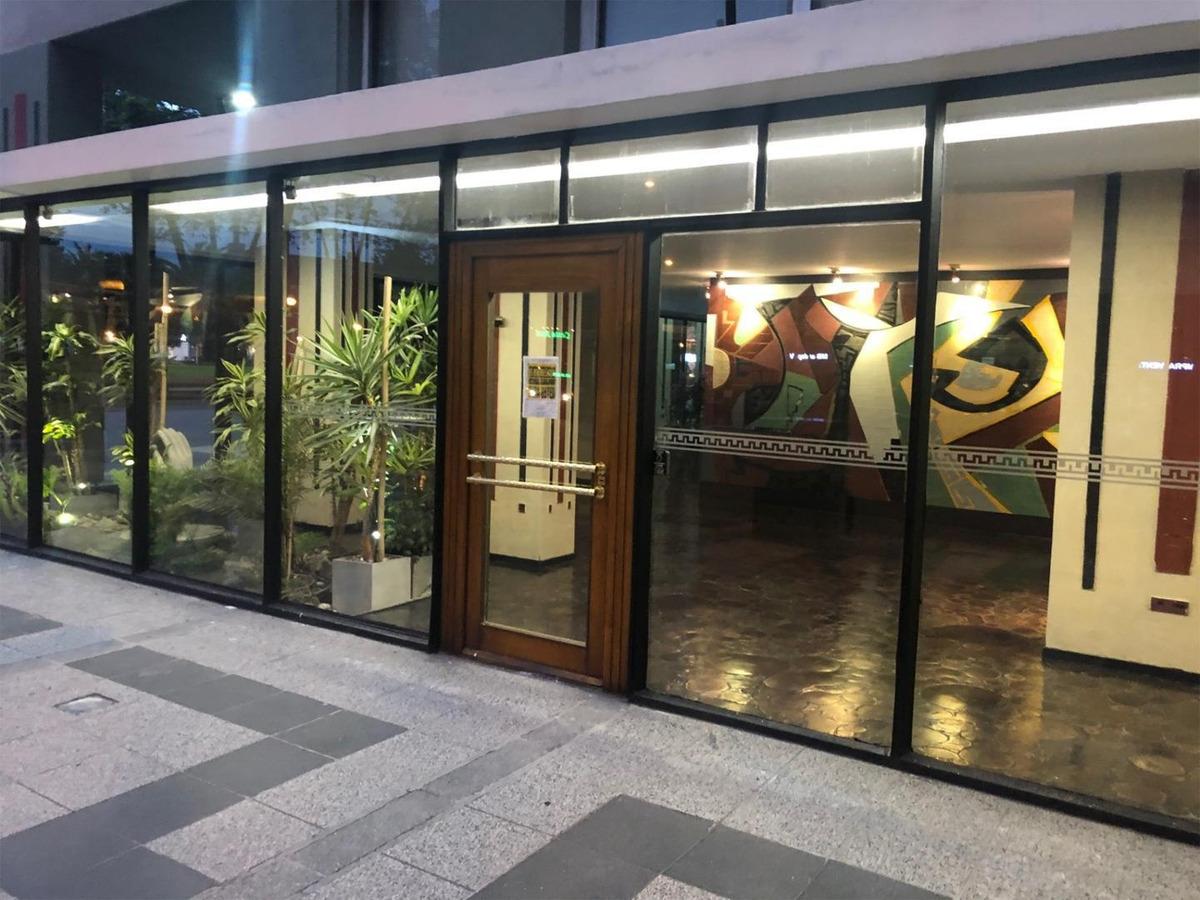 venta de departamento de 2 ambientes en plaza colon