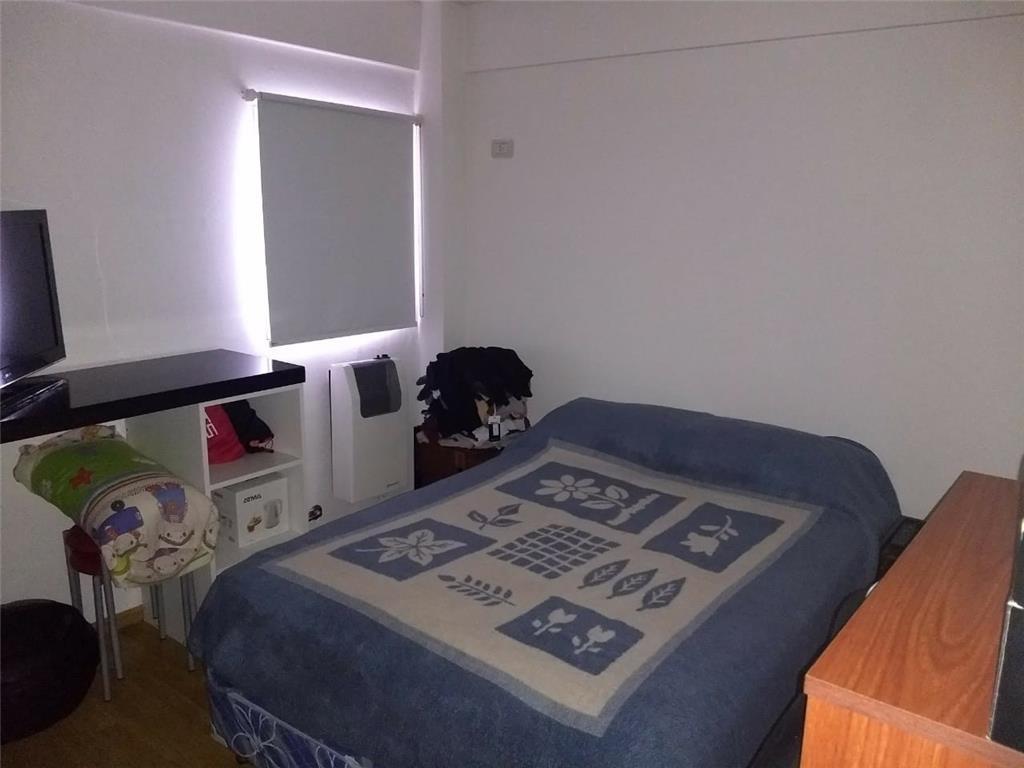 venta  de departamento dos ambientes caseros con cochera