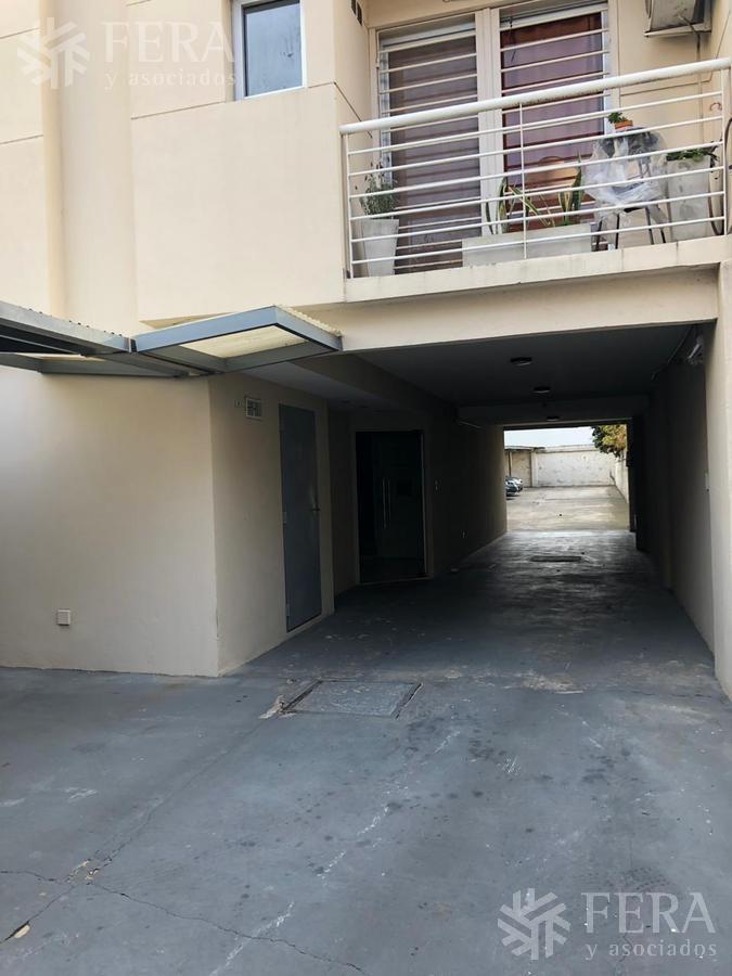 venta de departamento tipo casa ph 3 ambientes en avellaneda (25741)