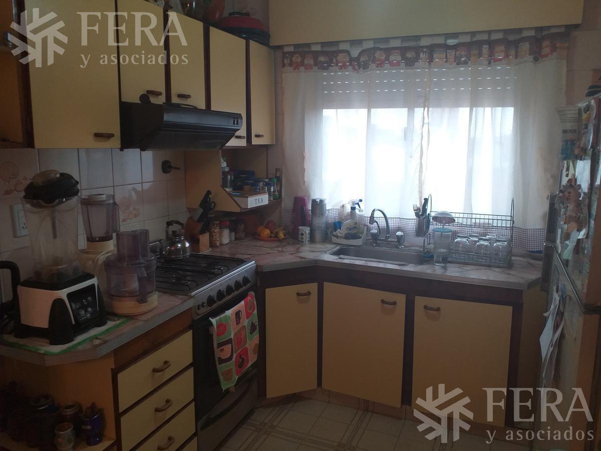 venta de departamento tipo casa ph 3 ambientes en wilde (24694)