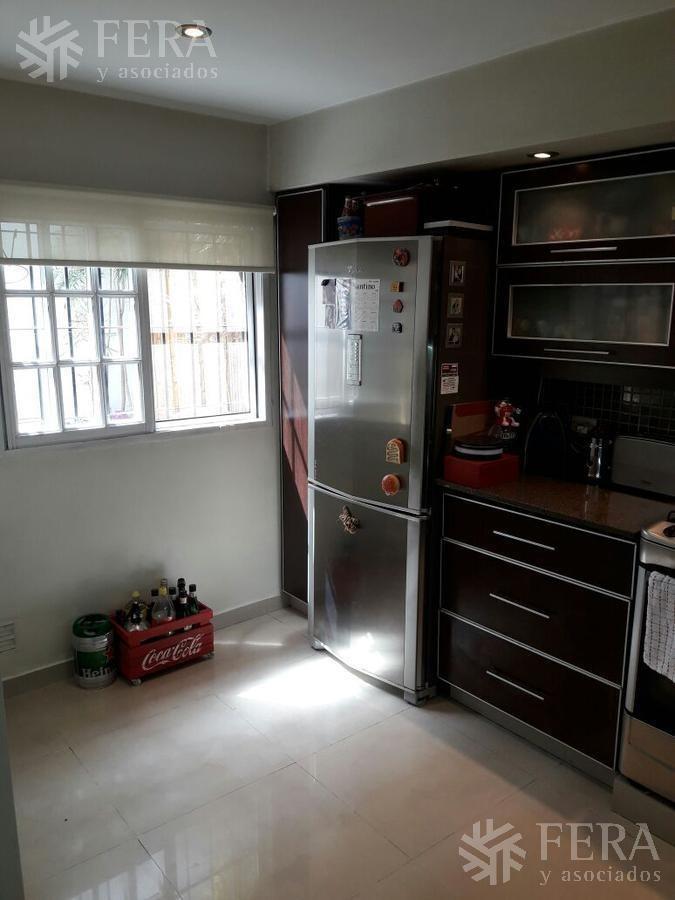 venta de departamento tipo duplex ph 3 ambientes en bernal (26189)