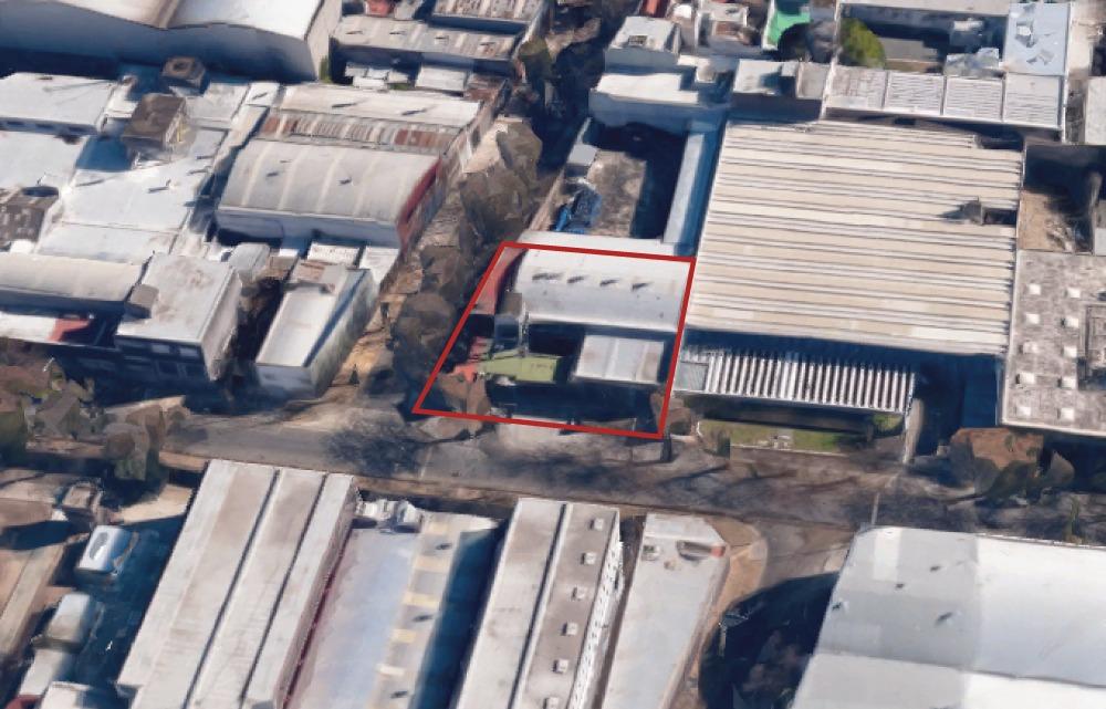 venta de depósito con oficinas en calle estomba 108, caba