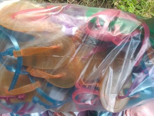 venta de docenas de sandalias plásticas por docena