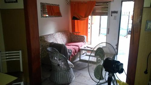 venta de dos casas de uno y dos dormitorios, ideal inversión!  permuta en mar del plata.