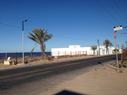 venta de dos terrenos en esquina frente al mar de cortes.