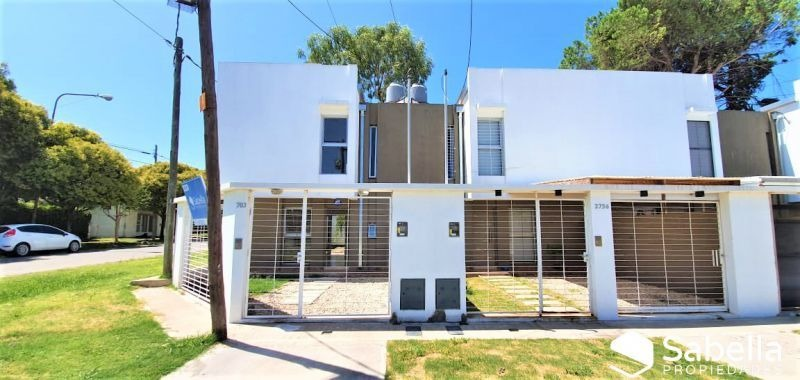 venta de duplex 2 dormitorios en los hornos, la plata.