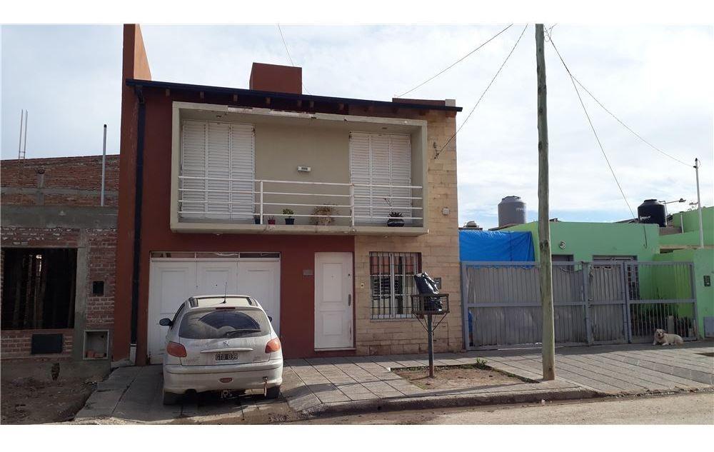 venta de duplex  3 dormitorios en cipolletti