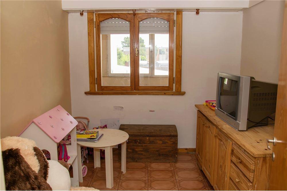 venta de duplex 4 amb con balcón, patio y cochera