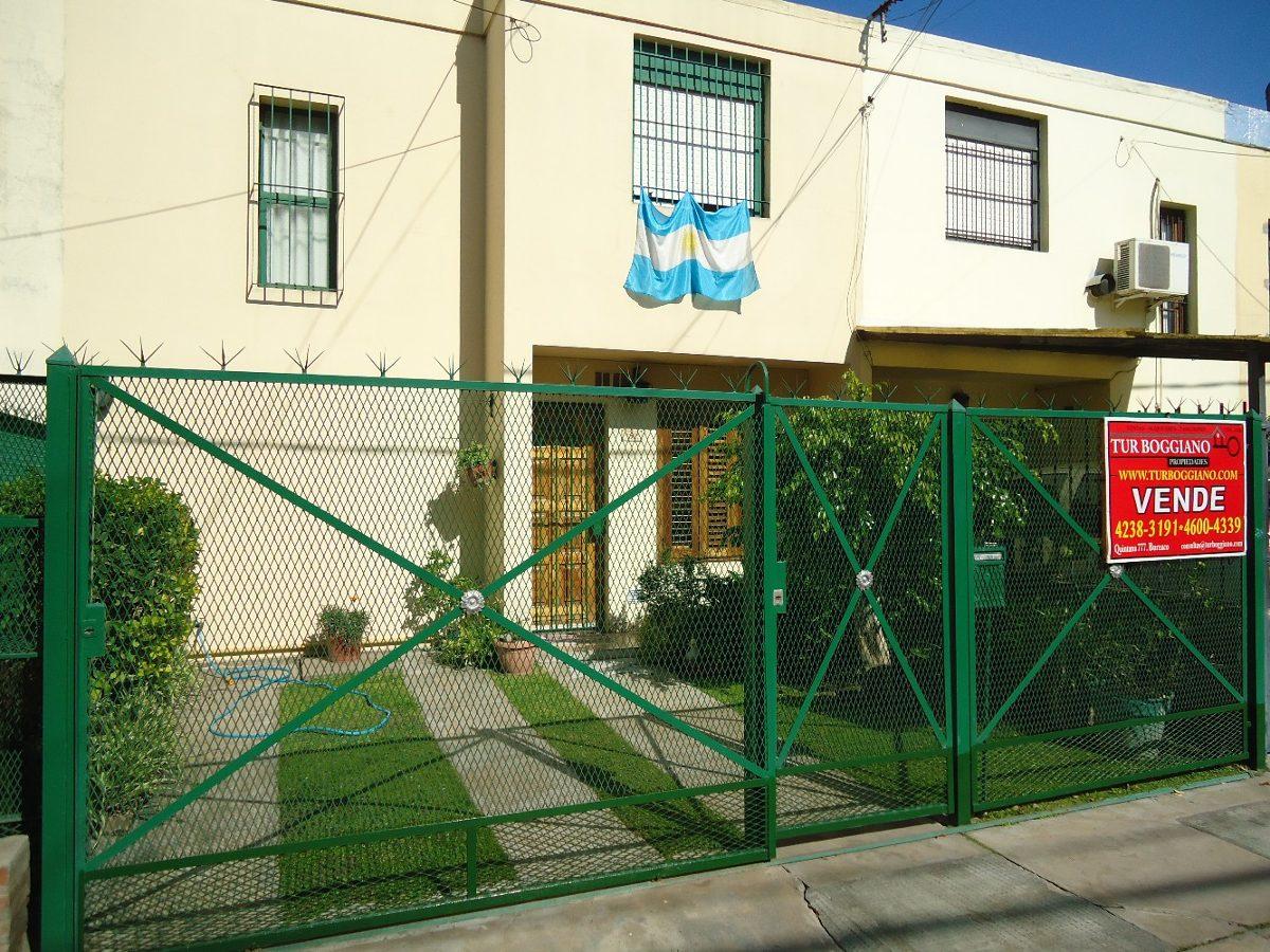 venta de duplex en barrio viplastic, longchamps.