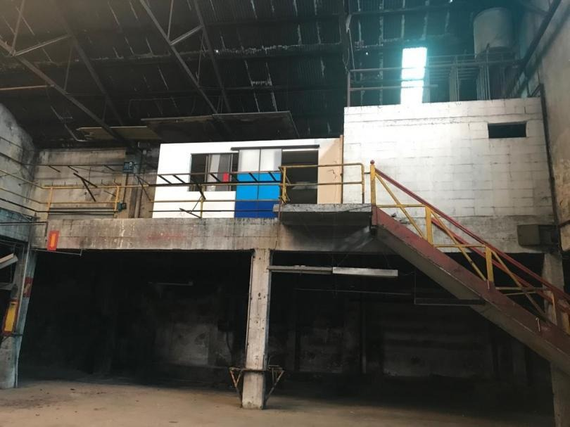 venta de edificio en el centro de 1834 m2 para reciclar