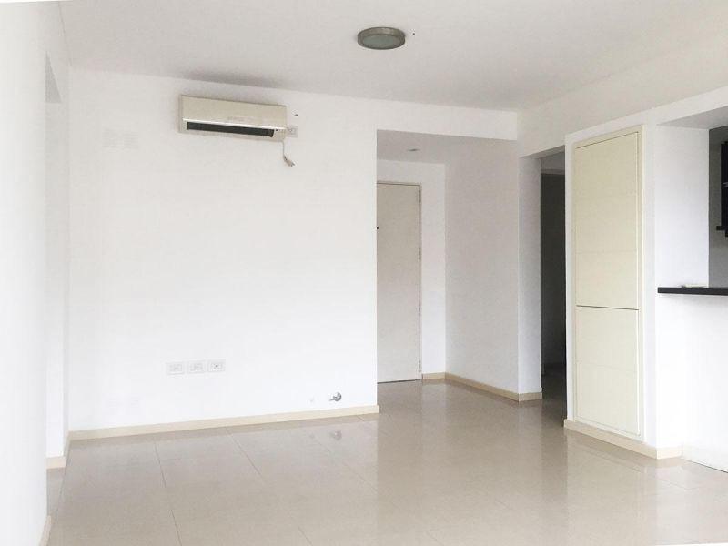 venta de excelente departamento de 2 ambientes en castelar