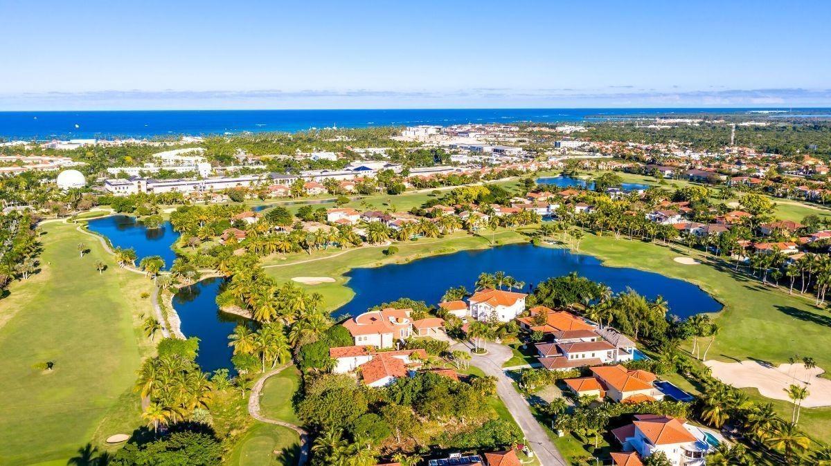 venta de exclusiva y hermosa villa en cocotal golf and country club