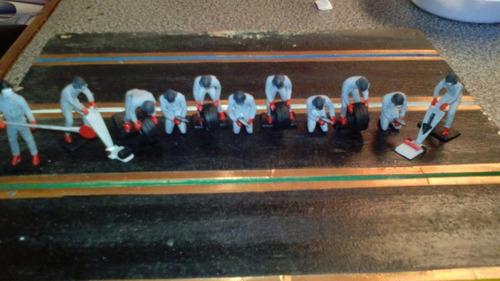 venta de figuras a escala 1:32 mecanicos