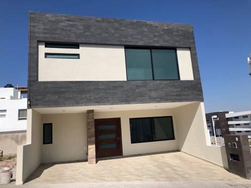 venta de hermosa casa en milenio 3