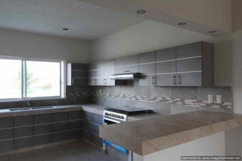 venta de hermosa casa nueva con alberca en burgos $ 3 400,000 clave cs