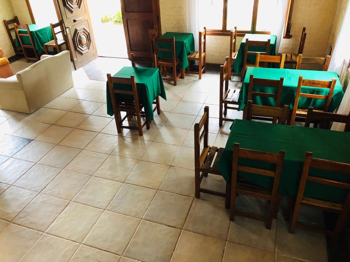venta de hosteria villa gesell zona semi centro