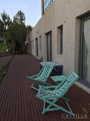 venta de imponente casa en costa esmeralda barrio residencia 2
