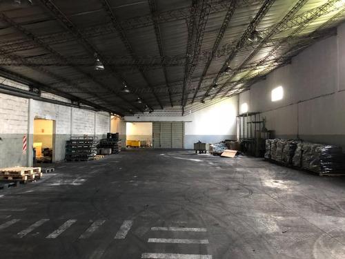 venta de importante nave industrial 3 en lujan sobre ruta 5