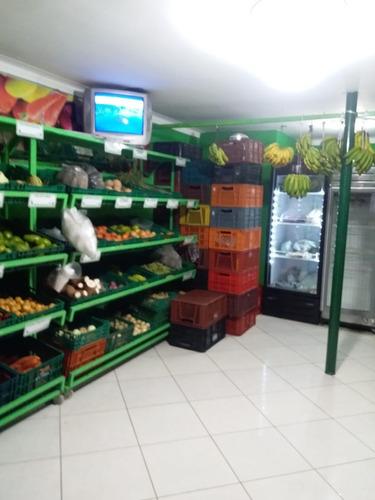 venta de legumbres y abarrotes