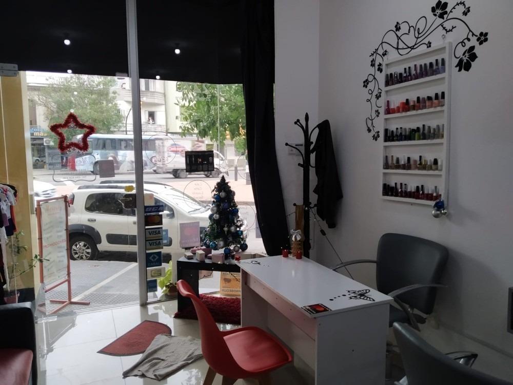 venta de llaves peluquería instalada.