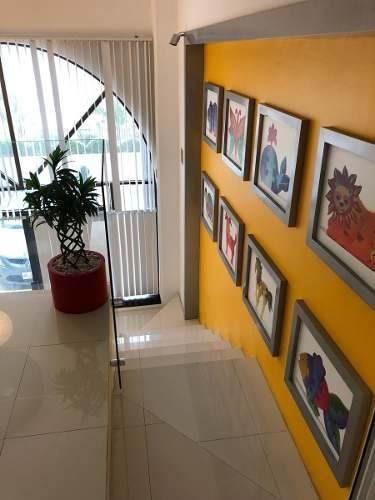 venta de local amueblado en zona hotelera, cancún.