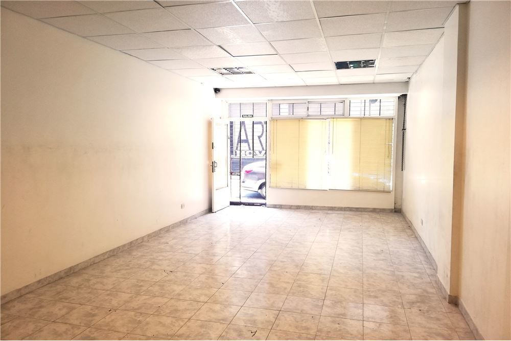 venta de local comercial en monserrat