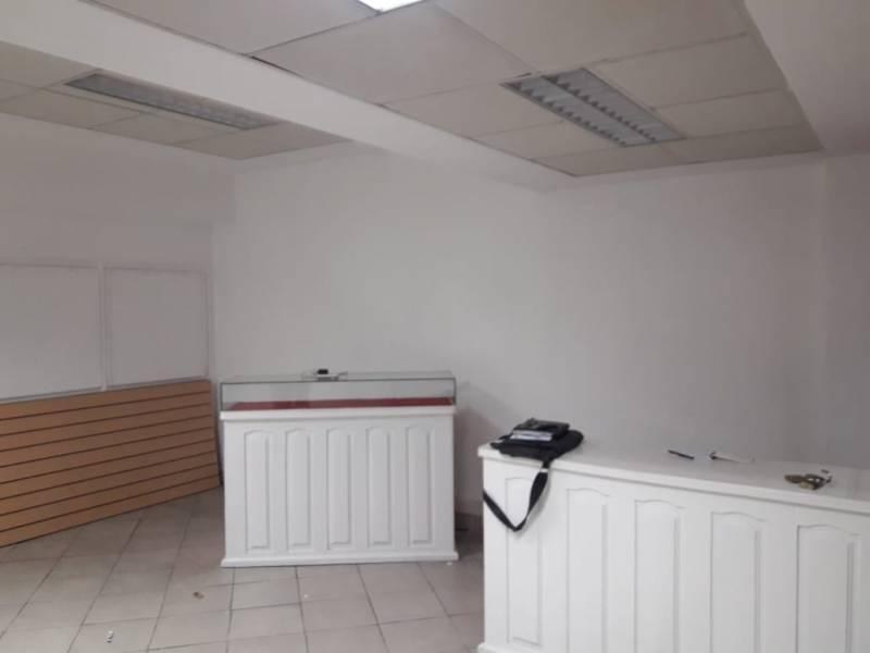 venta de local u oficina en balvanera con posibilidad de financiar o permutar
