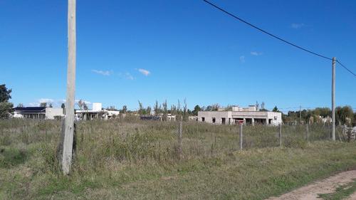 venta de lote de 2200 m2, zona acceso sur. mercedes (b).
