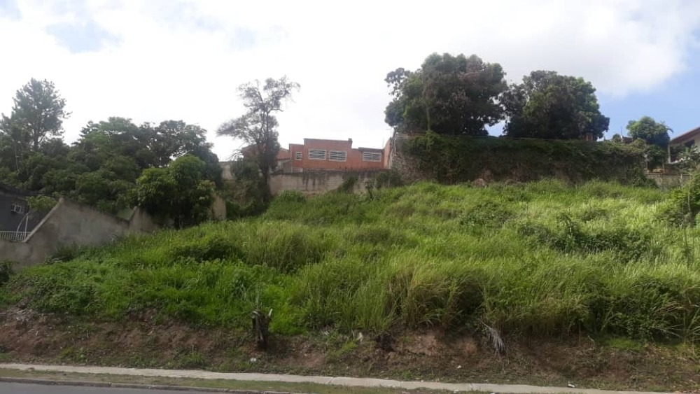venta de lote de terreno en prados del este yc 04242319504