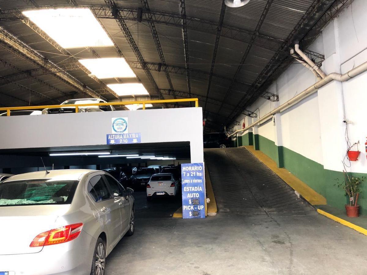 venta de lote y fondo de comercio - bolivar 427 - san telmo