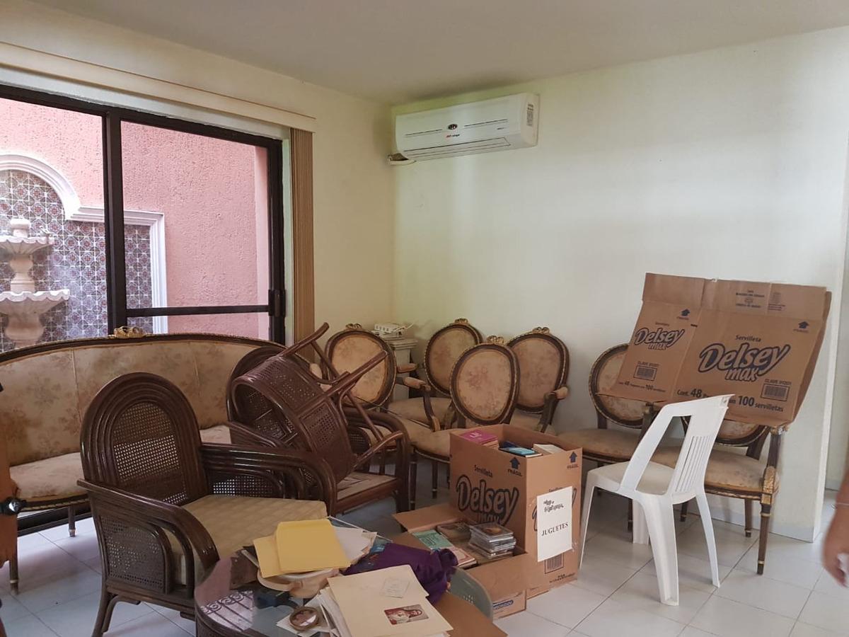 venta de magnifica residencia en montealban