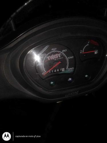 venta de moto automatica kymco twist