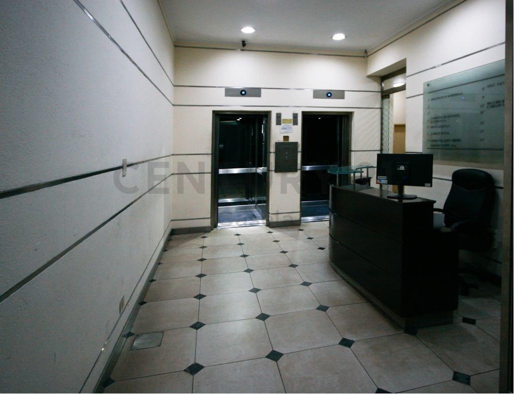 venta de oficina para renta,o uso profesional en zona céntrica, excelente estado
