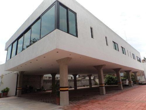 venta de oficinas o consultorios, carretas querétaro. qro con 610m2 de terreno y 634m2 construcción