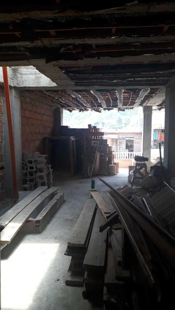 venta de plancha en tercer piso de 208 m2 para hacer 3 aptos