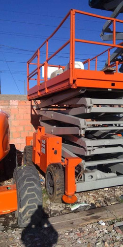venta de plataforma elevadora tijera skyjack 8841 diesel
