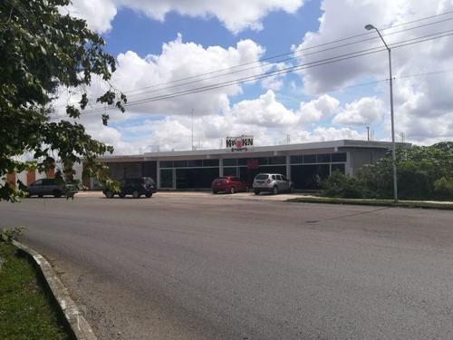 venta de plaza comercial en glorieta avenida principal