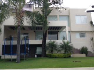 venta de preciosa casa en fraccionamiento burgos