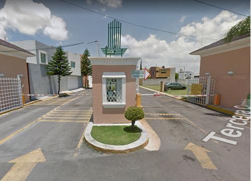 venta de preciosa casa en residencial la trinidad, puebla.